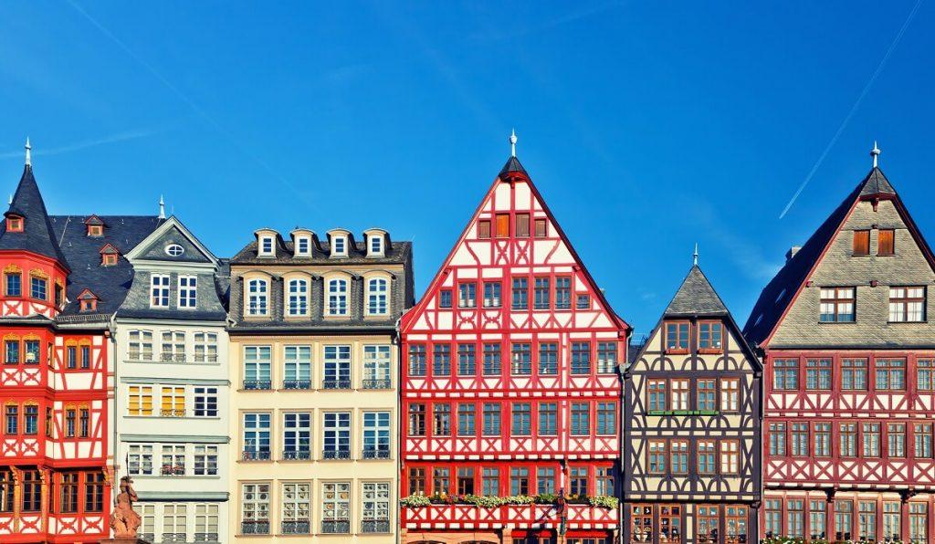 tradycyjne budownictwo we Frankfurcie w Niemczech