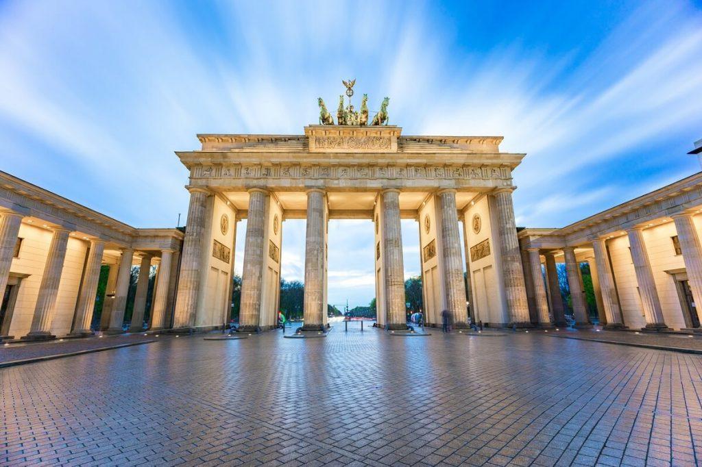 przewóz osób busem do Berlina w Niemczech