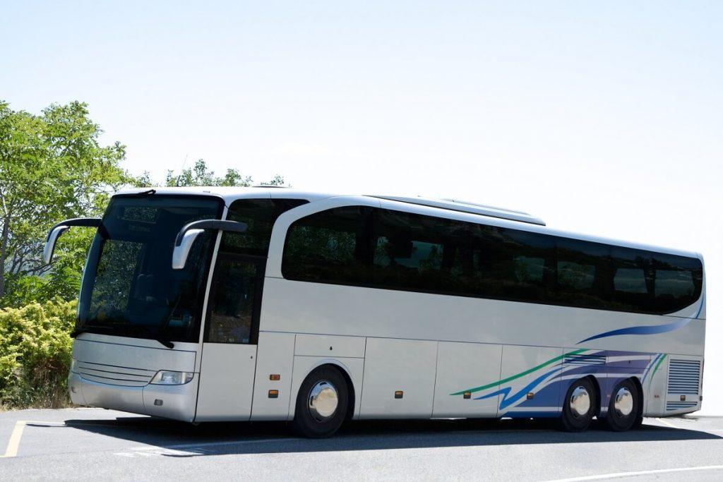 międzynarodowy transport ludzi autokarem