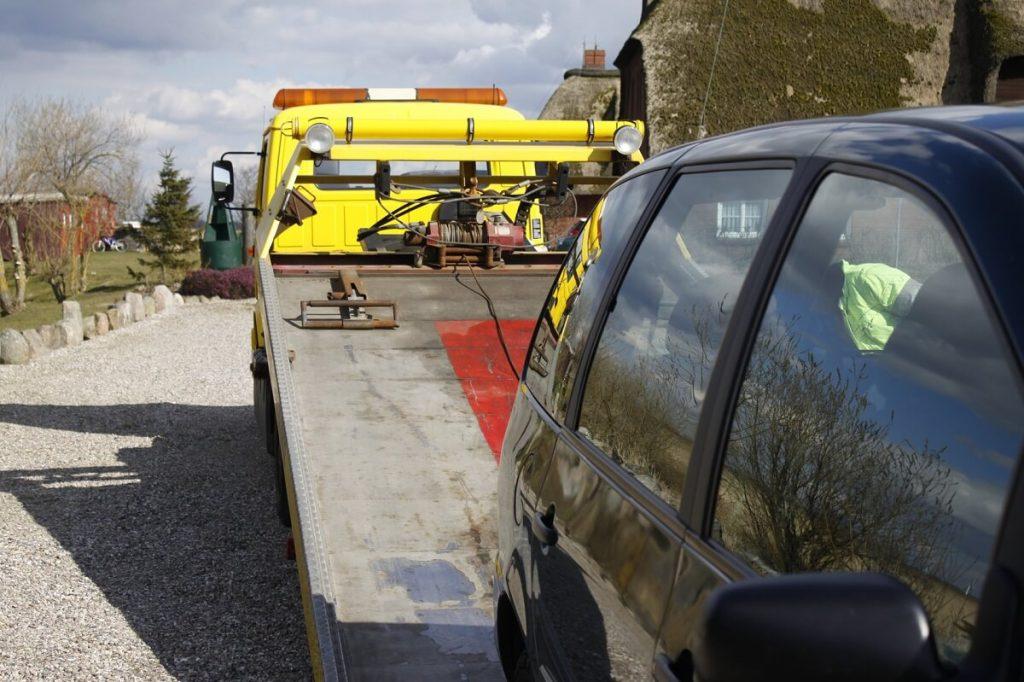transportowanie samochodu z Niemiec do Polski za pomocą lawety