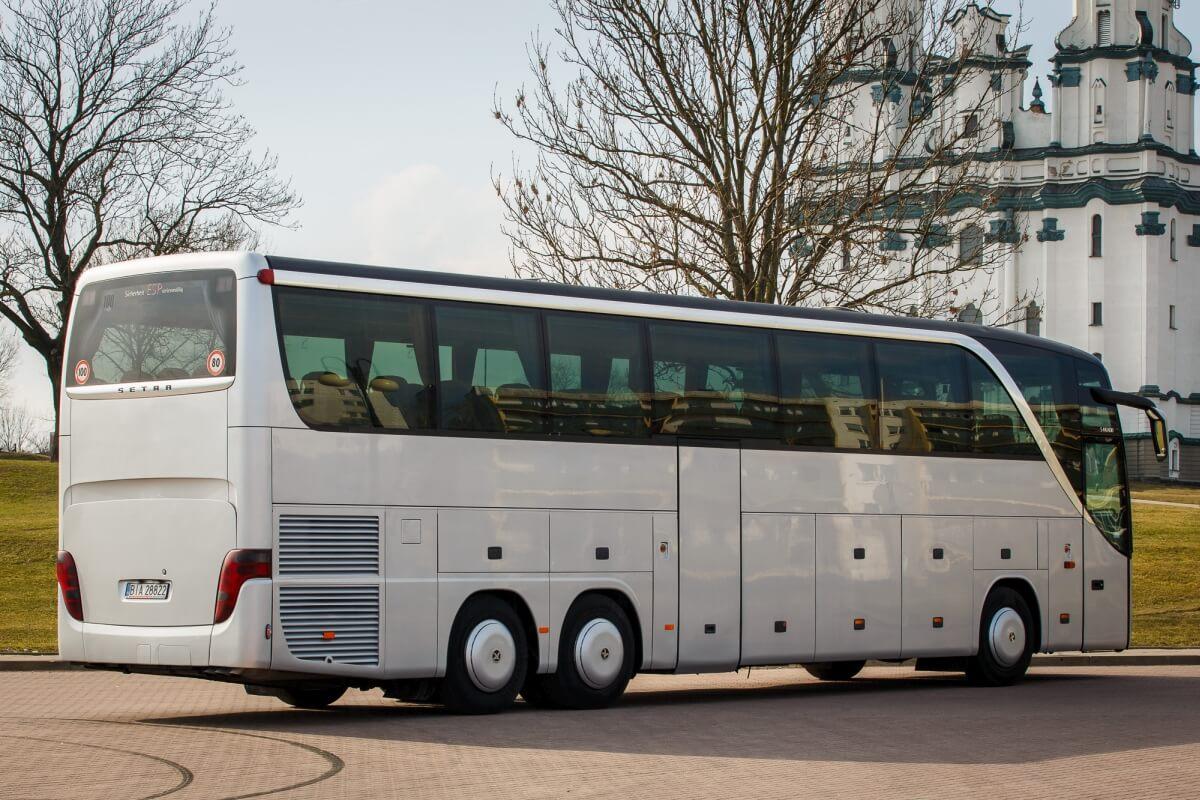 Bus setra 416 hdh na parkingu Białystok