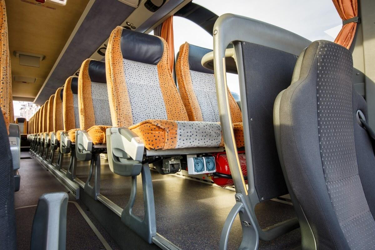 Miejsca siedzące w busie setra 416 hdh Białystok