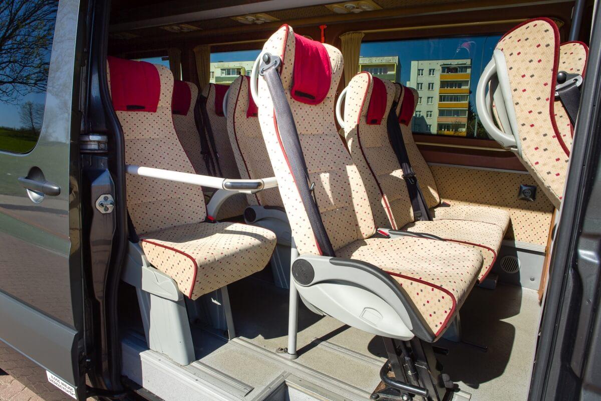 Wnętrze mercedesa sprinter 419cdi busa do Niemiec Białystok